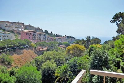 Apartment for sale in NICE SAINT ANTOINE - 3 rooms - 78 m²
