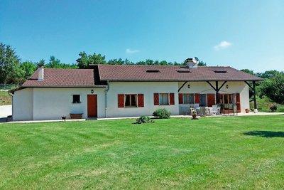 Maison à vendre à BELLEY  - 5 pièces - 130 m²