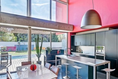 Maison à vendre à LA COURONNE  - 6 pièces - 200 m²