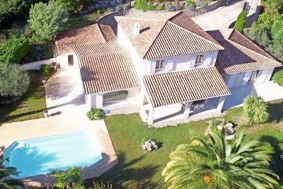 Maison à vendre à PEYMEINADE  - 5 pièces - 200 m²