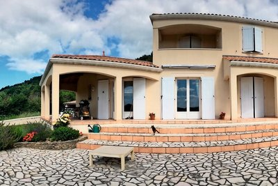 House for sale in MONTELIMAR  - 5 rooms - 133 m²