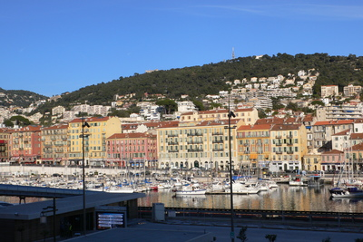 Apartment for sale in NICE RUE DE FRANCE - CARRE D'OR - 3 rooms - 70 m²
