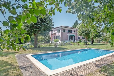 House for sale in ANGLET  - 8 rooms - 320 m²