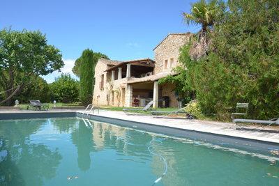 Maison à vendre à BONNIEUX  - 11 pièces - 480 m²