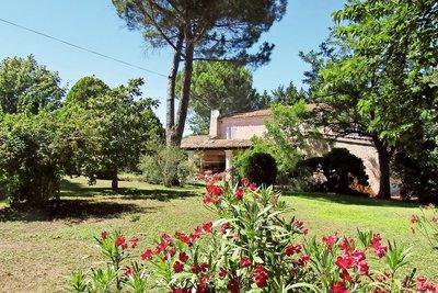 Maison à vendre à BOUC-BEL-AIR  - 8 pièces - 290 m²