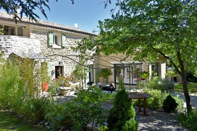 House for sale in MONTELIMAR  - 9 rooms - 250 m²