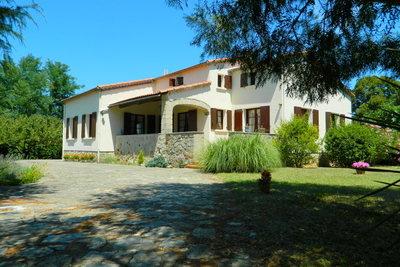 Maison à vendre à LES VANS  - 9 pièces - 155 m²