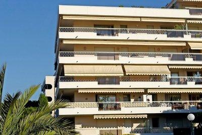 NICE- Appartement à vendre - 2 pièces - 45 m²