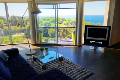 Appartement à vendre à ROQUEBRUNE-CAP-MARTIN  - 3 pièces - 95 m²