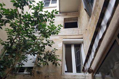 Appartement à vendre à BORDEAUX SAINT-SEURIN - FONDAUDEGE - 2 pièces - 62 m²