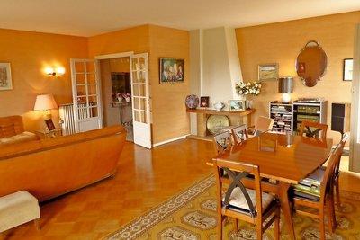 Appartement à vendre à BORDEAUX VILLA PRIMEROSE PARC BORDELAIS-CAUDERAN - 5 pièces - 140 m²