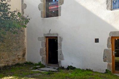 AUBENAS- Appartement à vendre - Studio - 58 m²