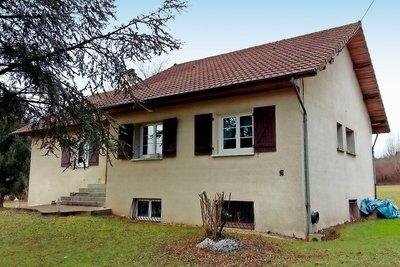 CEYZERIEU- Maison à vendre - 4 pièces - 140 m²