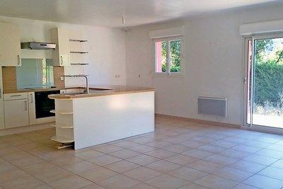 Maison à vendre à CHATEAUNEUF-LE-ROUGE  - 4 pièces - 128 m²