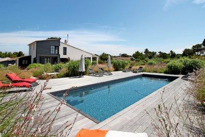 Maison à vendre à LES PORTES EN RE  - 11 pièces - 256 m²