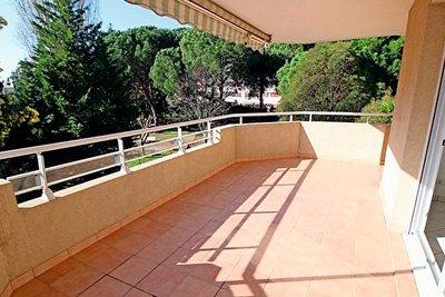Appartement à vendre à FREJUS  - 3 pièces - 72 m²