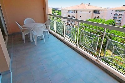 Apartment for sale in FREJUS  - 4 rooms - 76 m²