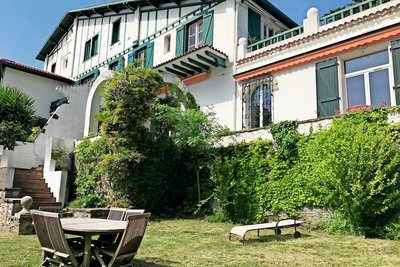 Apartment for sale in BIARRITZ  - 6 rooms - 143 m²