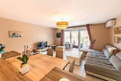 Apartment for sale in MANDELIEU-LA-NAPOULE  - 3 rooms - 67 m²