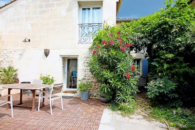 House for sale in ST-REMY-DE-PROVENCE  - 5 rooms - 140 m²