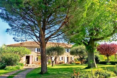 House for sale in MONTELIMAR  - 9 rooms - 320 m²