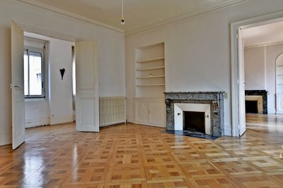 Apartment for sale in TOULOUSE  - 6 rooms - 184 m²