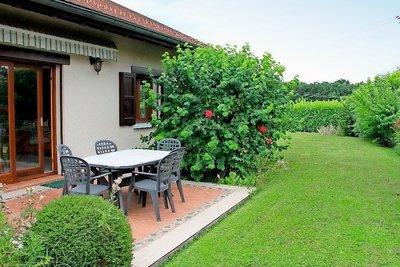 PRÉVESSIN-MOËNS- Maison à vendre - 7 pièces - 176 m²