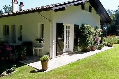 BIARRITZ- House for sale - 6 rooms - 140 m²