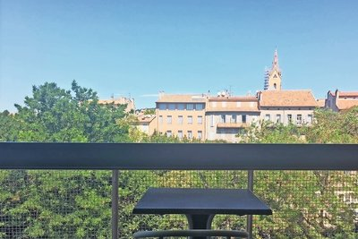 Apartment for sale in AIX-EN-PROVENCE  - 3 rooms - 80 m²