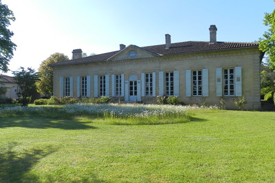 House for sale in BORDEAUX  - 11 rooms - 400 m²