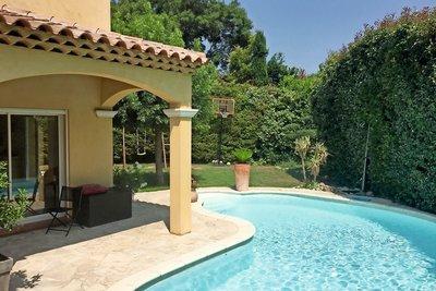 AIX-EN-PROVENCE- Maison à vendre - 6 pièces - 150 m²