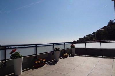 Appartement à vendre à ROQUEBRUNE-CAP-MARTIN  - 3 pièces - 84 m²