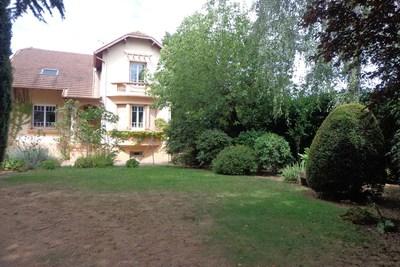 Maison à vendre à VILLEFRANCHE-SUR-SAONE  - 7 pièces - 160 m²