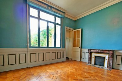 House for sale in BORDEAUX  - 11 rooms - 360 m²