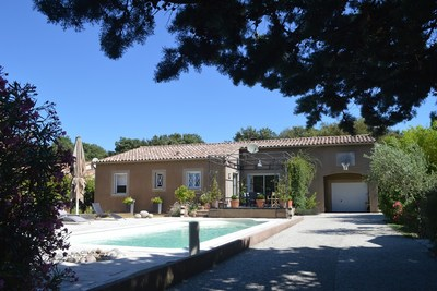 House for sale in UZES  - 6 rooms - 160 m²