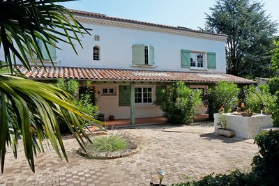 House for sale in MONTELIMAR   - 200 m²