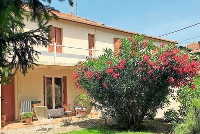 House for sale in MONTELIMAR  - 5 rooms - 106 m²