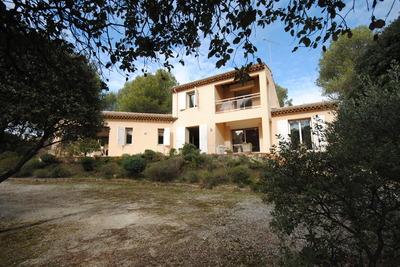 Maison à vendre à CAVAILLON  - 6 pièces - 192 m²