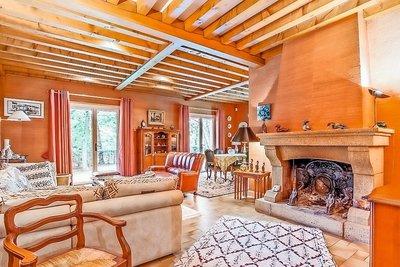 Maison à vendre à TASSIN-LA-DEMI-LUNE  - 6 pièces - 183 m²