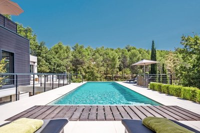 House for sale in AIX-EN-PROVENCE  - 6 rooms - 280 m²