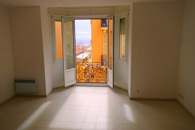 Apartment for sale in BEAUSOLEIL  - 4 rooms - 90 m²