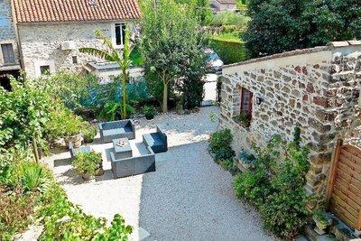 Maison à vendre à BANNE  - 10 pièces - 281 m²