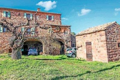 Maison à vendre à LES VANS  - 6 pièces - 126 m²