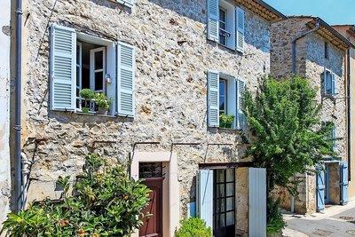 Maison à vendre à VALBONNE  - 7 pièces - 160 m²