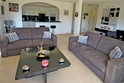 Appartement à vendre à MANDELIEU-LA-NAPOULE  - 4 pièces - 100 m²