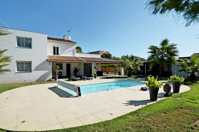 Maison à vendre à MANDELIEU-LA-NAPOULE  - 8 pièces - 172 m²
