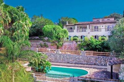 Maison à vendre à ANTIBES  - 8 pièces - 266 m²
