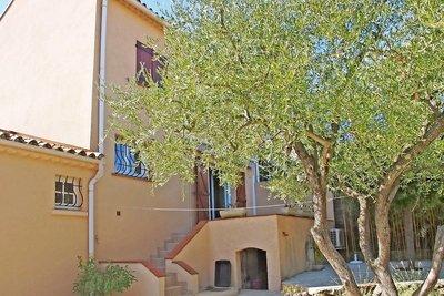 House for sale in ROQUEBRUNE-SUR-ARGENS  - 4 rooms - 78 m²