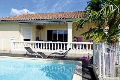 Maison à vendre à MOURS ST EUSEBE  - 4 pièces - 122 m²