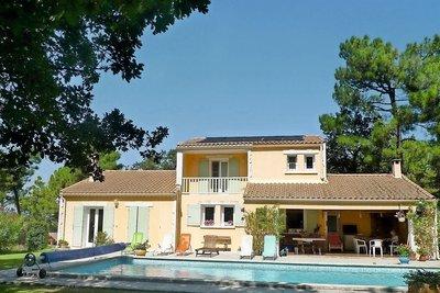 Maison à vendre à ST-PAUL-TROIS-CHATEAUX  - 8 pièces - 190 m²